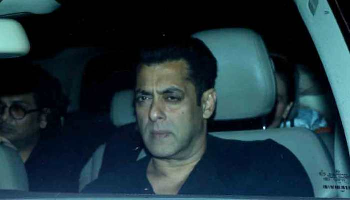 Salman Khan hosts a Christmas party for close friends, family — Check out the pics