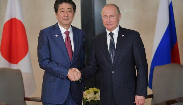 Japan PM Abe intends to push forward on peace treaty with Russia