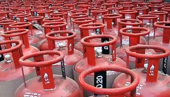5 held for domestic LPG cylinders pilferage