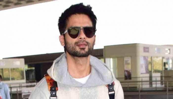 Shahid Kapoor, Mira Rajput snapped at airport as they leave for Delhi