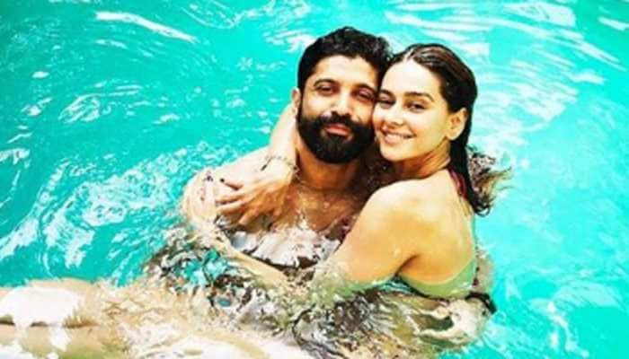 Farhan Akhtar shares pool picture with Shibani Dandekar, says 'Love you loads'
