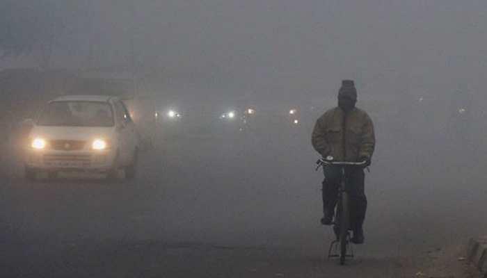 Thick fog engulfs Delhi, flight departures put on hold, trains delayed