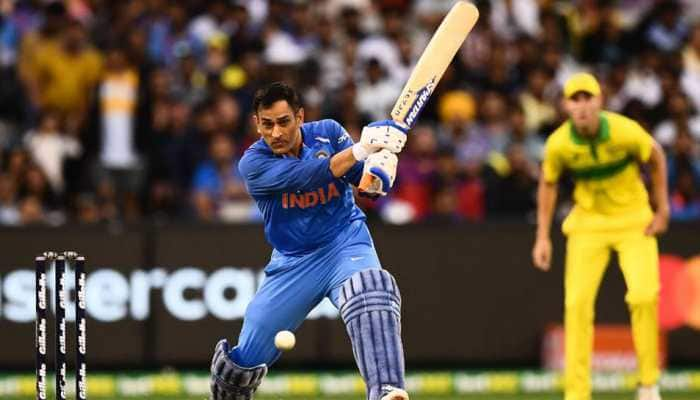 Take the ball or they will say I am retiring: MS Dhoni jokes with Sanjay Bangar
