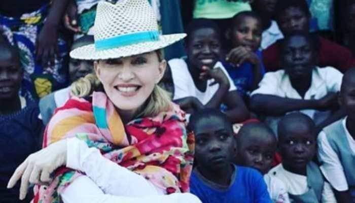 I was awkward when I first met Madonna: Shania Twain