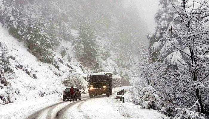 Light snow, rain in Kashmir Valley