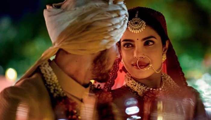 This unseen pic of Priyanka Chopra and Nick Jonas from their Hindu wedding is beyond adorable!