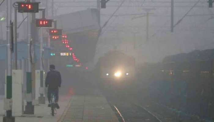 Delhi: 11 trains delayed due to fog; air quality remains 'very poor'