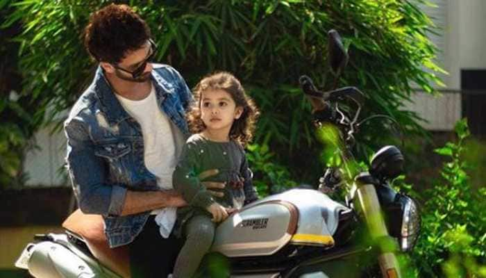 This picture of Shahid Kapoor with his daughter Misha is breaking the internet-See inside