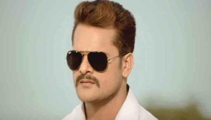 Khesari Lal Yadav's latest Holi song 'Rang Dalala Pe Kahe Bhagelu' is the perfect party number