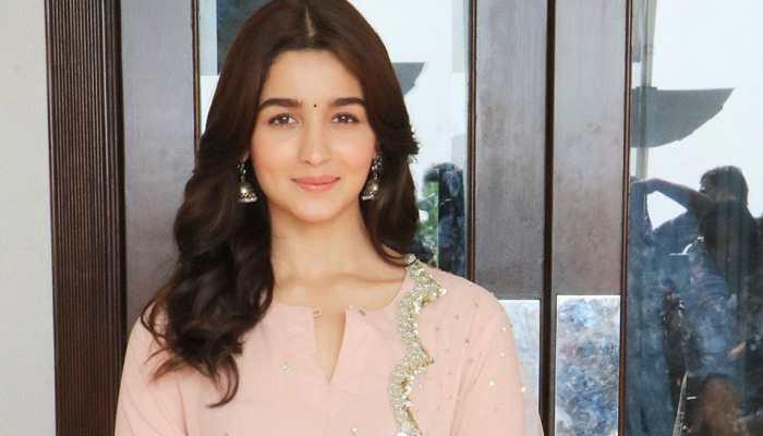 Will apologise to Kangana, says Alia Bhatt on 'upsetting' the actor