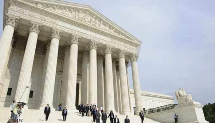 US Supreme Court blocks restrictive Louisiana abortion law