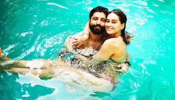 Farhan Akhtar goes all romantic for rumoured girlfriend Shibani Dandekar, pens down adorable poem
