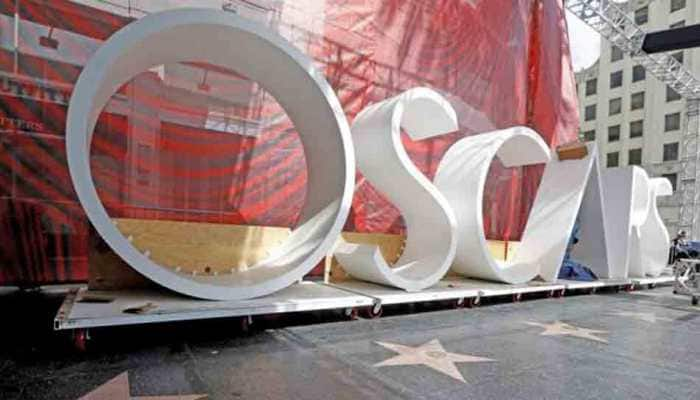 Academy to have four Oscar presentations during commercial Breaks
