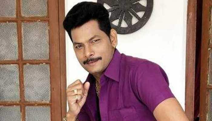 Actor Krishna Kumar signs two projects on Basant Panchami