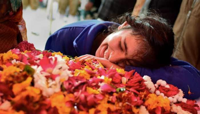 Gloom and anger as India bids farewell to 40 martyred CRPF personnel