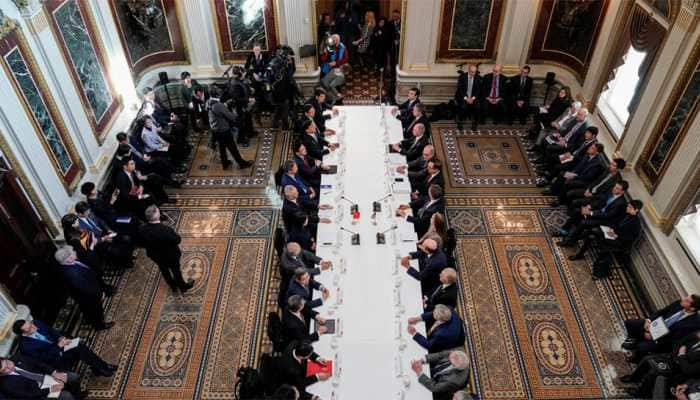 US and China hold last round of trade talks before March 1 deadline