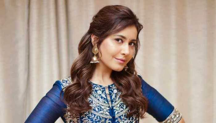 Raashi Khanna starts shooting for Venky Mama