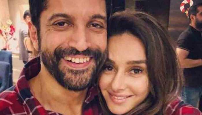 Farhan Akhtar confirms wedding with Shibani Dandekar-Details inside