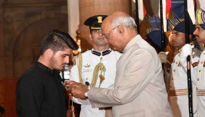 J&K teenager awarded Shaurya Chakra for foiling terror attack