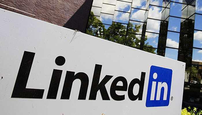 LinkedIn adds in-app meeting planner features