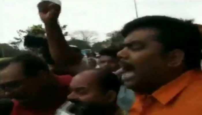 Group of BJP workers raise slogans against Ravi Shankar Prasad