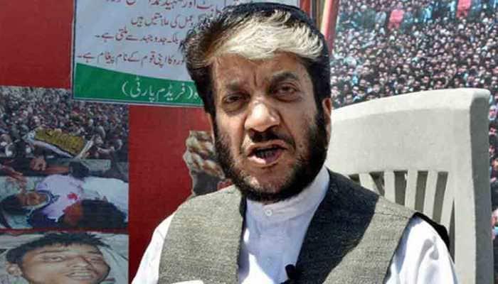 Terror financing: ED attaches Shabir Shah's family house in Srinagar