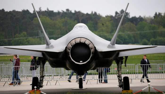 US halts F-35 equipment to Turkey, protests its plans to buy from Russia