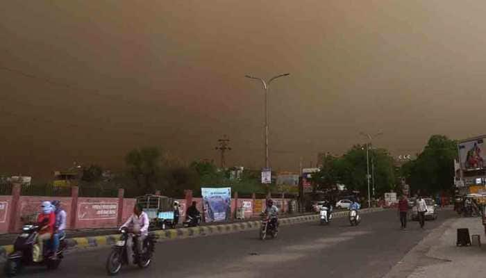 Massive dust storm, thunderstorms to hit north India on April 5, rains expected