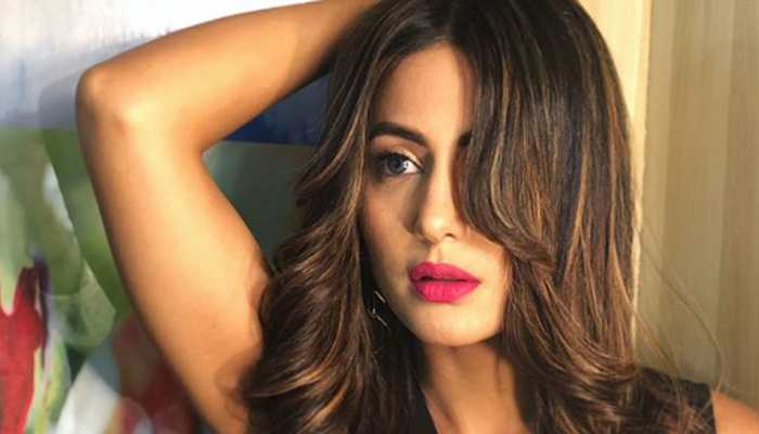 Hina Khan ups her style game in recent pics—Check inside