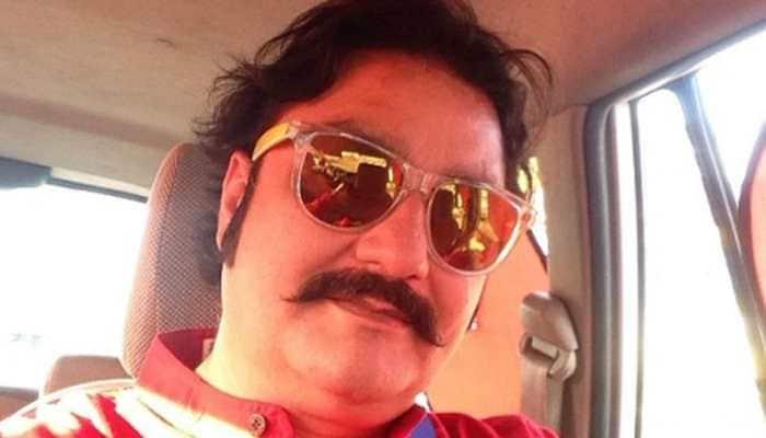 Vinay Pathak promises fun with 'Chappad Phaad Ke'