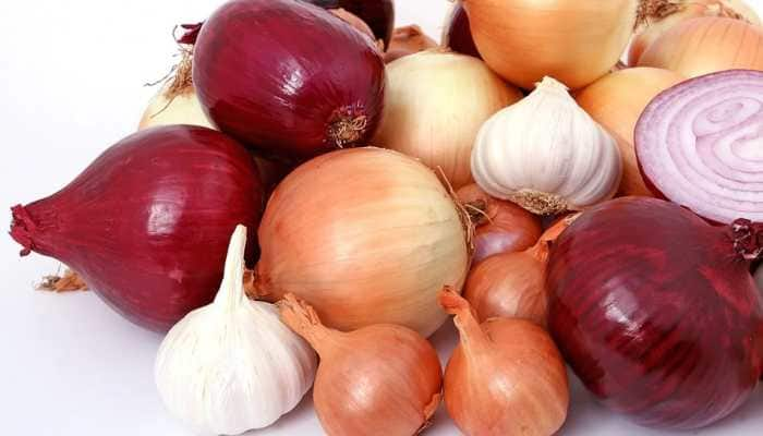 Know why eating onion, garlic is a big no-no during Navratri