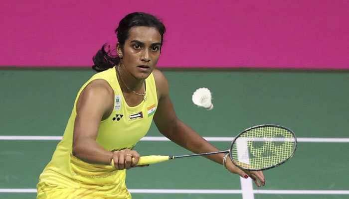 Singapore Open: PV Sindhu seals semifinal spot, Saina Nehwal ousted