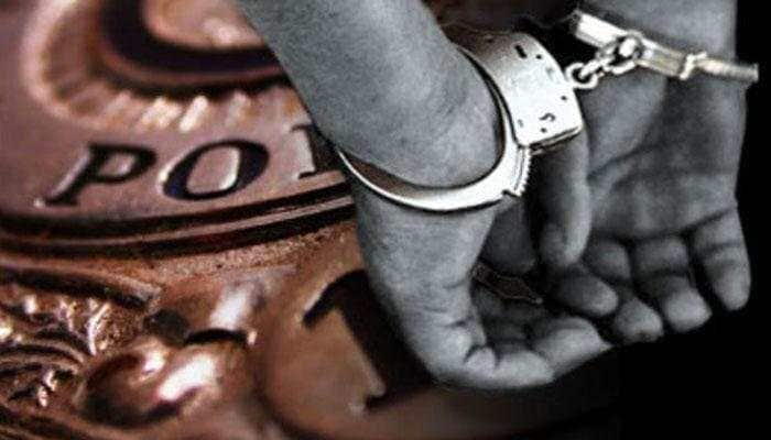 Three arrested in Delhi for duping people through fake job website