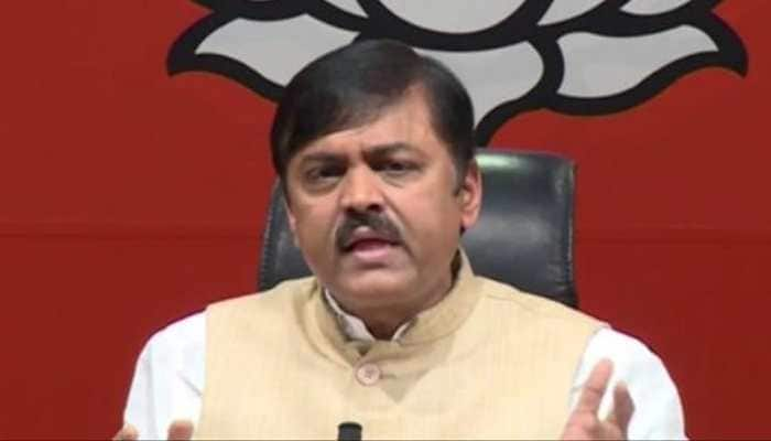 Delhi Police releases man who hurled shoe at BJP MP GVL Narasimha Rao, says 'he wanted media attention'