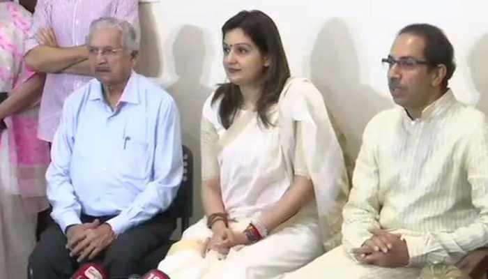 Miffed Priyanka Chaturvedi quits Congress, joins Shiv Sena