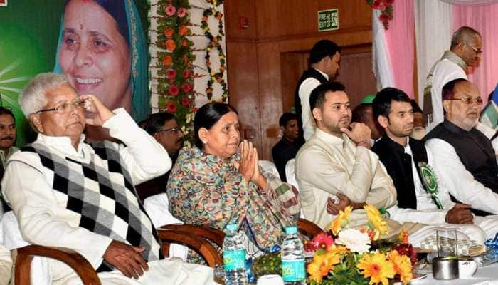 State and Central government want to kill Lalu Yadav by poisoning him: Rabri Devi