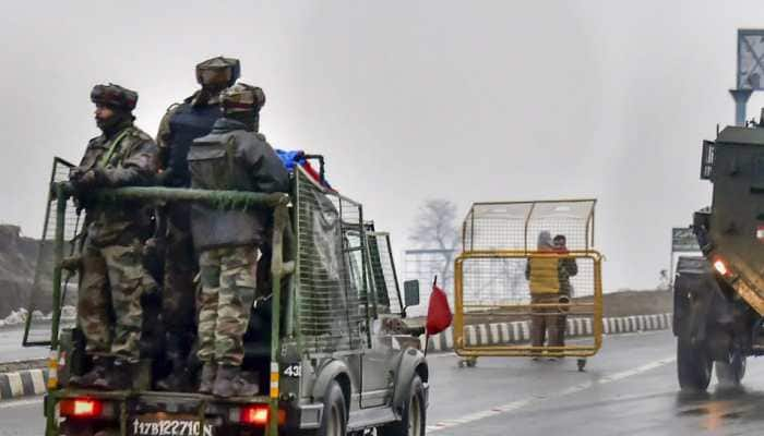 Restrictions on civilian traffic on Srinagar-Jammu highway partially relaxed