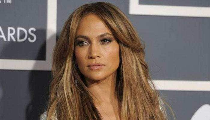 JLo, Owen Wilson to star in romantic comedy