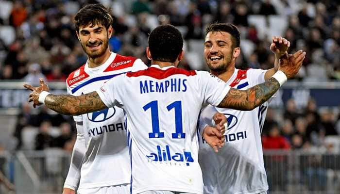 Moussa Dembele strikes late to give Lyon 3-2 win at Bordeaux