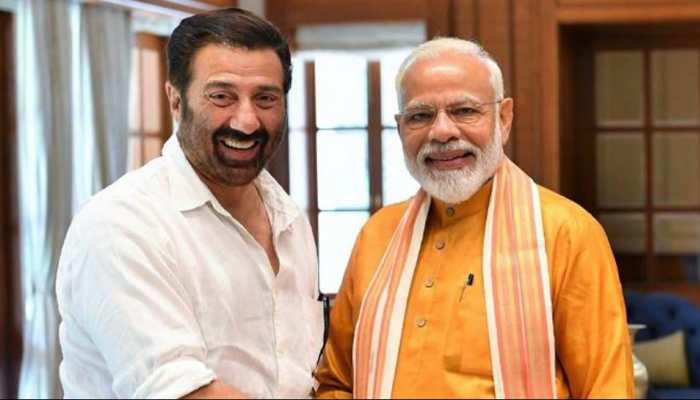 Prime Minister Narendra Modi meets Sunny Deol, praises his humility
