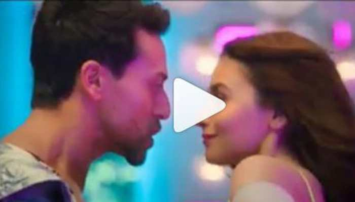 SOTY 2 Hook up song: Shirtless Tiger Shroff and Alia Bhatt set the temperature soaring-Watch