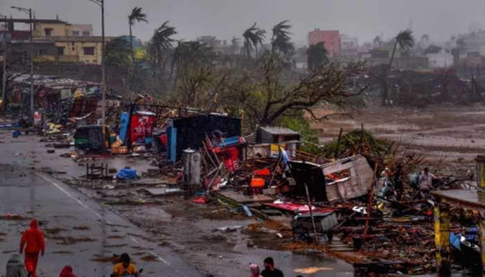 Kerala contributes Rs 10 crore towards relief work in Cyclone Fani-hit Odisha