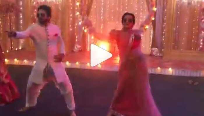 This video of Monalisa dancing on Kala Chashma goes viral-Watch