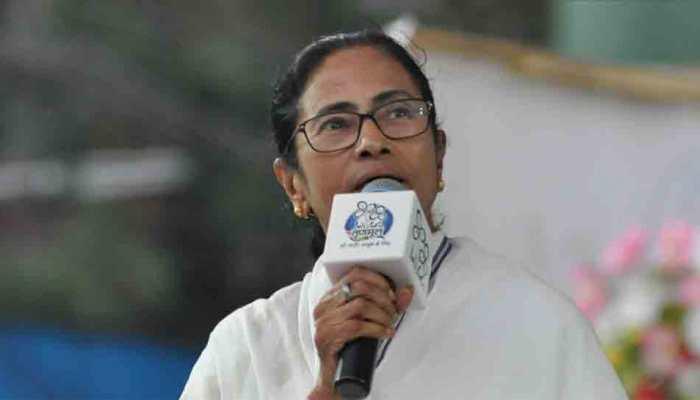 Mamata holds seven-km march in Kolkata over desecration of Vidyasagar's statue