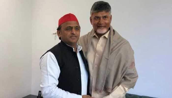 After Rahul Gandhi, Chandrababu Naidu meets Akhilesh Yadav to discuss anti-BJP front