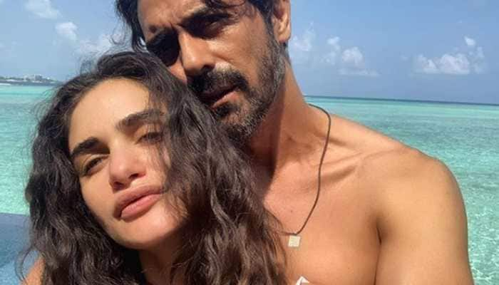 Arjun Rampal and preggers girlfriend Gabriella Demetriades's babymoon in Maldives is all things love—See pics