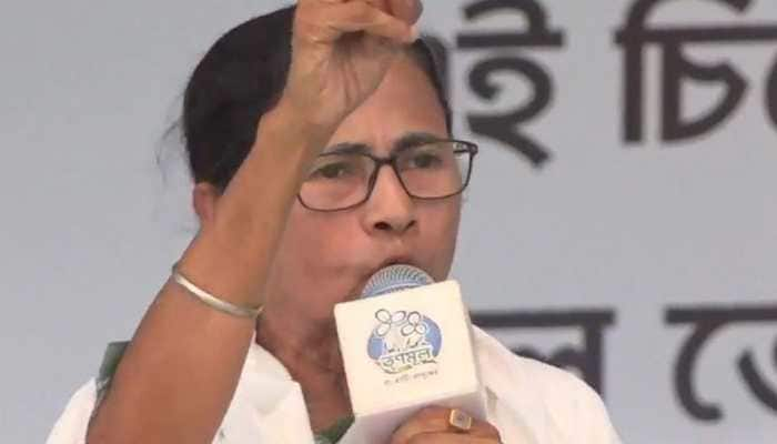 Mamata Banerjee, TMC leaders change Twitter DP to Jay Hind, Jay Bangla amid 'Jai Sri Ram' slogan row
