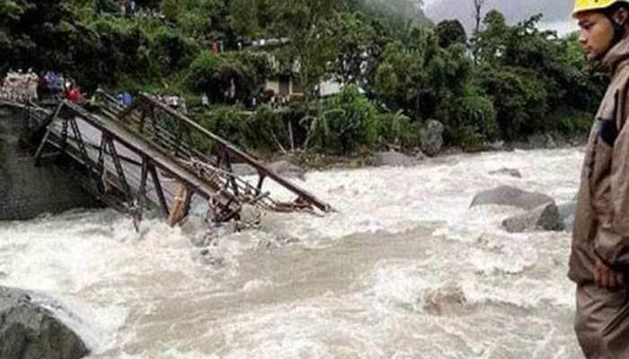 Cloudburst kills one in Uttarakhand