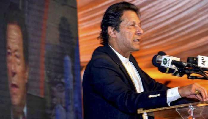 Pakistan PM Imran Khan to address nation amid financial crisis