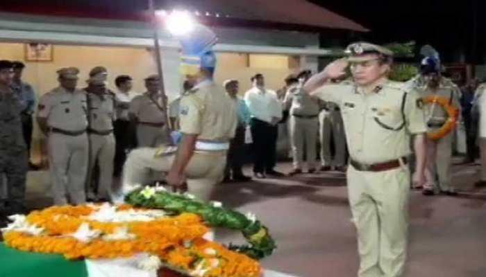 CRPF jawan injured in Saraikella Naxal blast dies, officers pay tribute